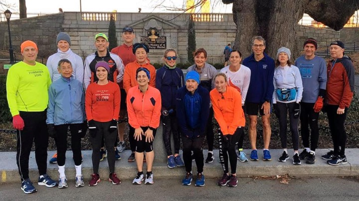 Group photo of New York Flyers running club.
